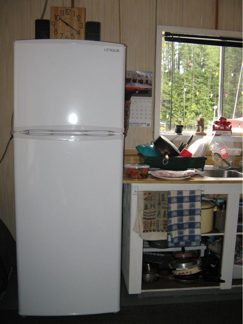 canadian off grid cabin fridge small cabin forum