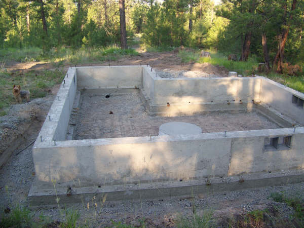 Foundation can 39 t go down 4ft small cabin forum for Tiny homes on foundations