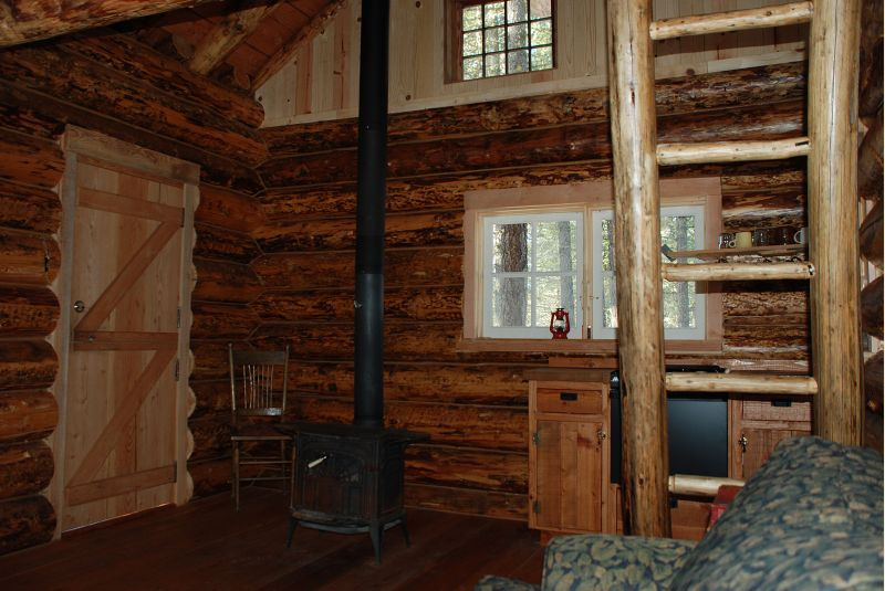 Northwest log cabin 12X16 - Small Cabin Forum (1)