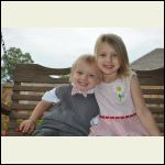 recent photo of the kiddos... cause I like sharing..